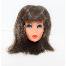 Dramatic Living Barbie Brunette/ 650GFBB